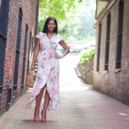 Vanessa Freeman, Vanessa Freeman Host, Vanessa Freeman TV, Vanessa Freeman Blog, NessaSary Style, nessasary style, summer fashion, Fall transitional outfits, summer transitional outfits, fashion blog, Vanessa Freeman News 12, Dresses on showpo, Showpo dresses