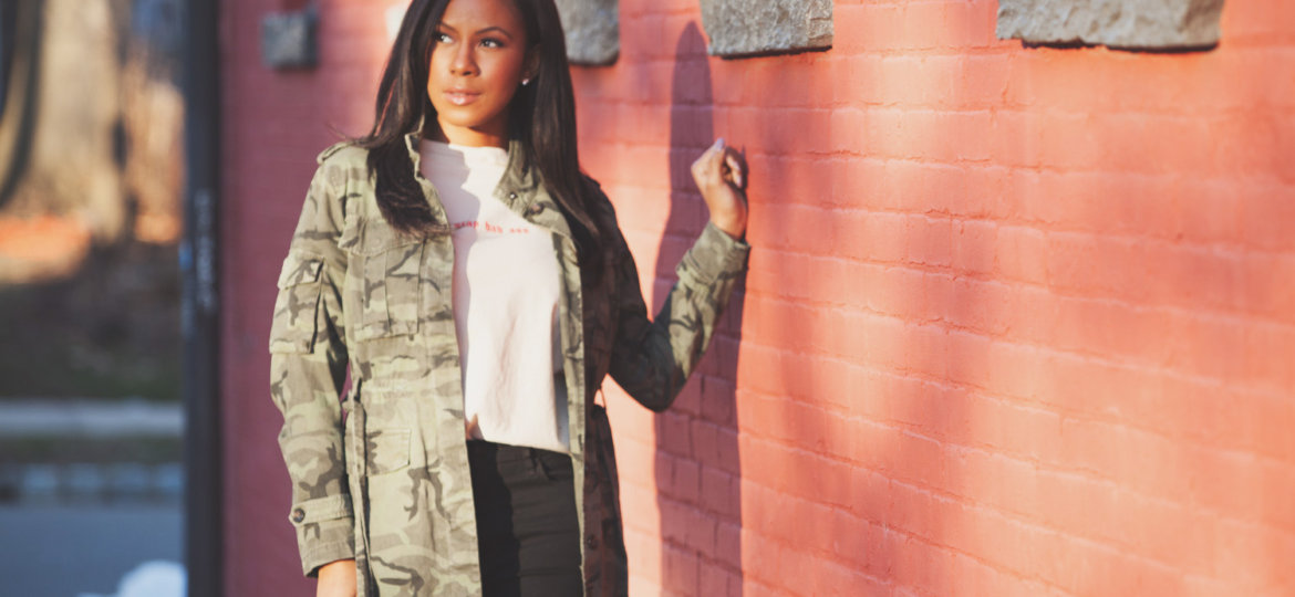 vanessa freeman, vanessa freeman tv, vanessa freeman anchor, vanessa freeman news 12, vanessa freeman cheddar, vanessa freeman blogger, nessasary style, spring style, how to wear a camo jacket, how to wear a camo jacket in the spring, spring transitional wear
